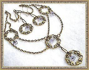 Victorian Inspired Festoon Necklace Alexandrite Glass 2