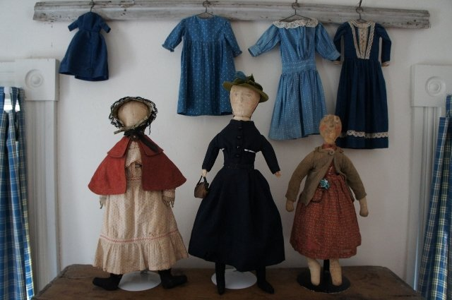 Pat Hatch Antiques country and Shaker and early cloth dolls.