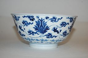 FINE KANGXI MARK AND PERIOD B/W FLORAL BOWL