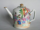 18th/19th Century Famille Rose Small Teapot  c1790-1830