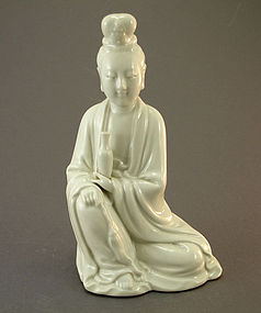 19th C CHINESE DEHUA BLANC DE CHINE KWAN YIN w/ Mark