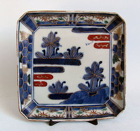 Fine Ko Imari Pines and Mist Pattern Square Dish c.1750