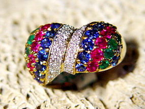 18K. Ring Pave set with Diamonds, Emerald-Sapphire-Ruby