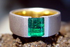 18K. 2-Tone Gold Ring with Colombian Emerald