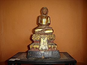 Gilt Wooden Thai Buddha in deep Meditation, 19th Cent.