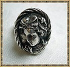 Vintage HW999 Silver Repousse Ring Classic Lady Face