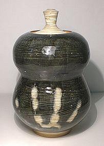 Ao Hakeme Gourd Covered jar