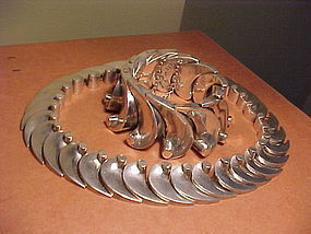 ANTONIO PINEDA 3-D WAVE NECKLACE AND BRACELET