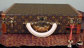 Louis Vuitton President Briefcase in Monogram Canvas