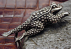 Kieselstein-Cord Sterling Toad Belt Buckle