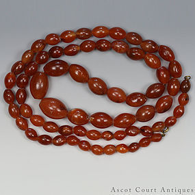 156.3 g ANTIQUE STRING OF OLD CARNELIAN RED AGATE BEA
