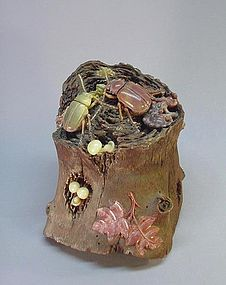 CHINESE STONE CARVING OF BEETLES ON TREE STUMP