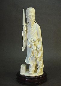 CHINESE IVORY CARVING OF A SAGE