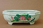 CHINESE 20TH CENTURY FAMILLE ROSE PLANTER