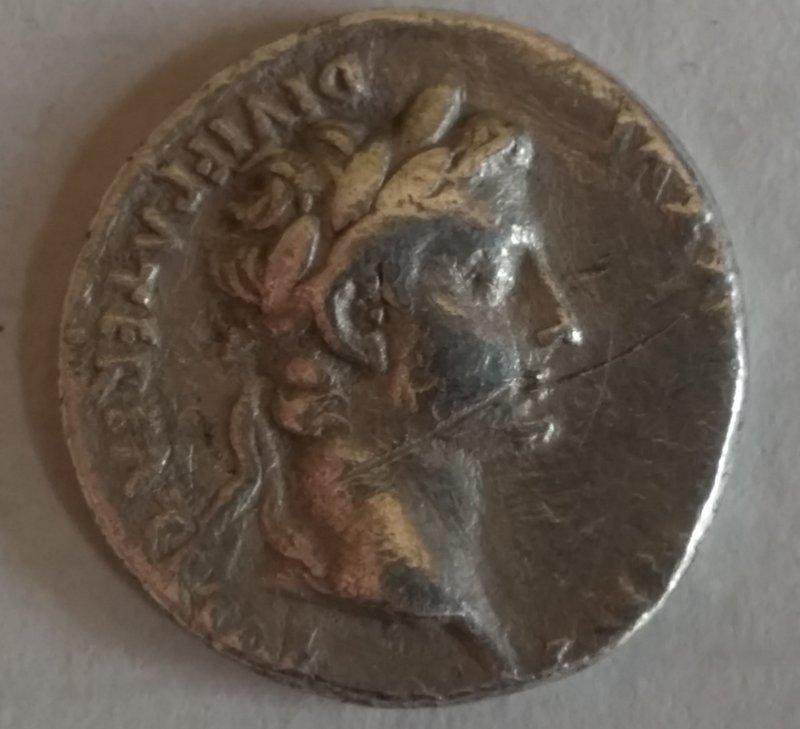 A ROMAN DENARIUS OF AUGUSTUS