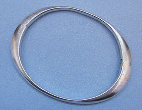 Mexican Sterling Modernist Bangle, c. 1955