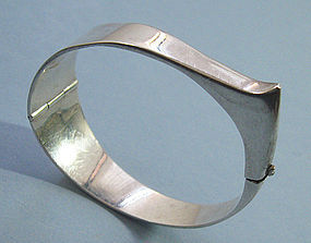 Handmade Silver Hinged Bangle, c. 1960