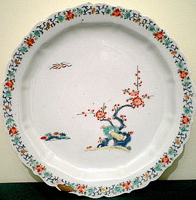 Kakiemon Porcelain Plate - Blossoming Plum