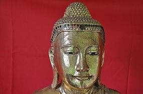 GILT AND LACQUERED BURMESE BUDDHA