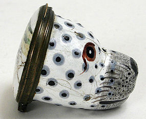 Bilston figural enamel bonbonniere box of a seal's head