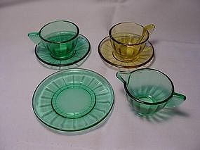 Akro Agate Small Interior Panel  Dishes