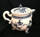 Meissen cream pot and and cover 1745