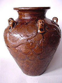 Ming Dyn. 16th century Chinese dragon - jar !