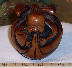 Antique Japanese Wood Netsuke Hotei in Bag 18thC