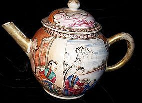 Chinese Export Porcelain18th Century Mandarin Teapot