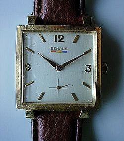 GENT'S 14K BENRUS WRISTWATCH ca. 1970