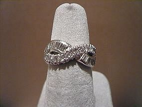 PLATINUM & DIAMOND WEDDING BAND  ENDLESS KNOT DESIGN