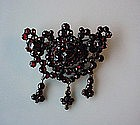 ANTIQUE GARNET BROOCH 3 DROPS DESIGN CA. 1875-1900