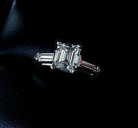 BEAUTIFUL EMERALD CUT DIAMOND ENGAGEMENT RING .82/100