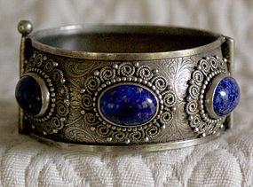 Nepal silver bracelet with lapis Lazuli stones