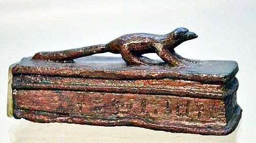A FINE ANCIENT EGYPTIAN BRONZE FIGURE OF A MONGOOSE