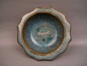 A Jin-Yuan Dynasty Jun Ware Flower Shape Dish