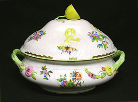 Large Herend Queen Victoria Soup Tureen