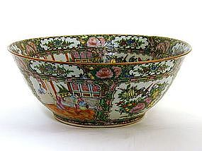Chinese Rose Medallion Porcelain Punch 