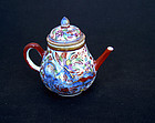 Small Kangxi teapot, clobbered for the European market