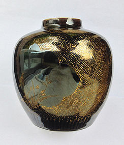 Chinese jar, mirror black and gilt, Kangxi, early 18th