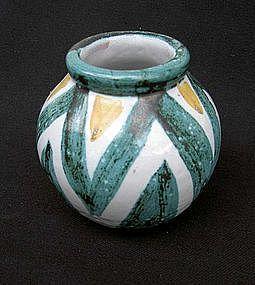 Vallauris Daniel globular vase