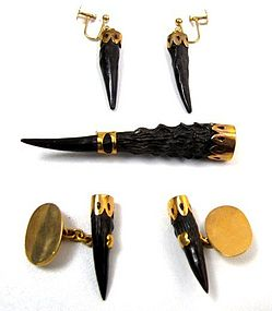 1940�s Gold and Horn Set, Earrings, Cufflinks, Brooch