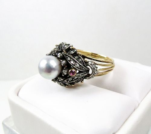 Antique 18k gold pearl diamonds ruby ring