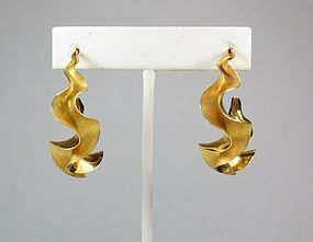 Michael Good Large 18k Gold Ruffle Hoop Earrings