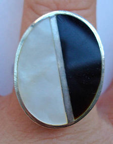 Sterling Mod Onyx Mother of Pearl Ring Maker's Mark