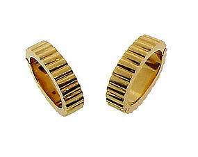 French 18K Gold Ridged Oval Stirrup Cufflinks
