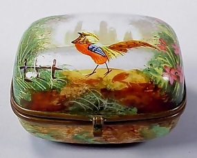 Early French Porcelain Hinged Bonbonniere Box