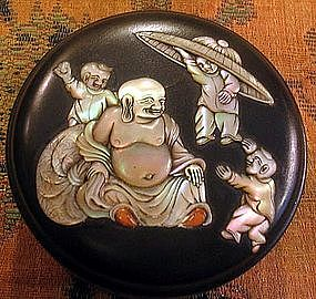 Japanese monther peal inlayed lacquer box from monk.