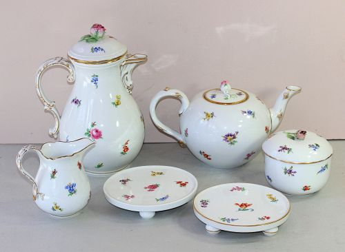 6 piece Meissen Porcelain Tea Set, cross sword mark