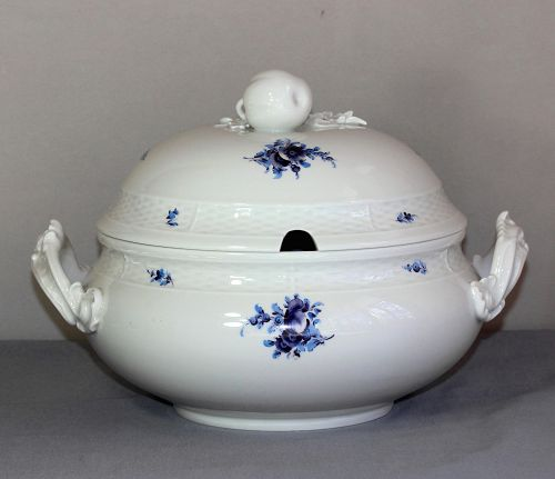German Nymphenburg Porcelain Soup Tureen and Cover